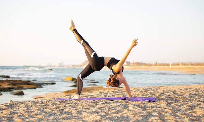 2 שיעור יוגה פרטי עם טל ארונס, תל אביב