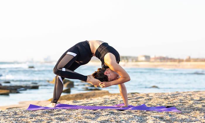 3 שיעור יוגה פרטי עם טל ארונס, תל אביב