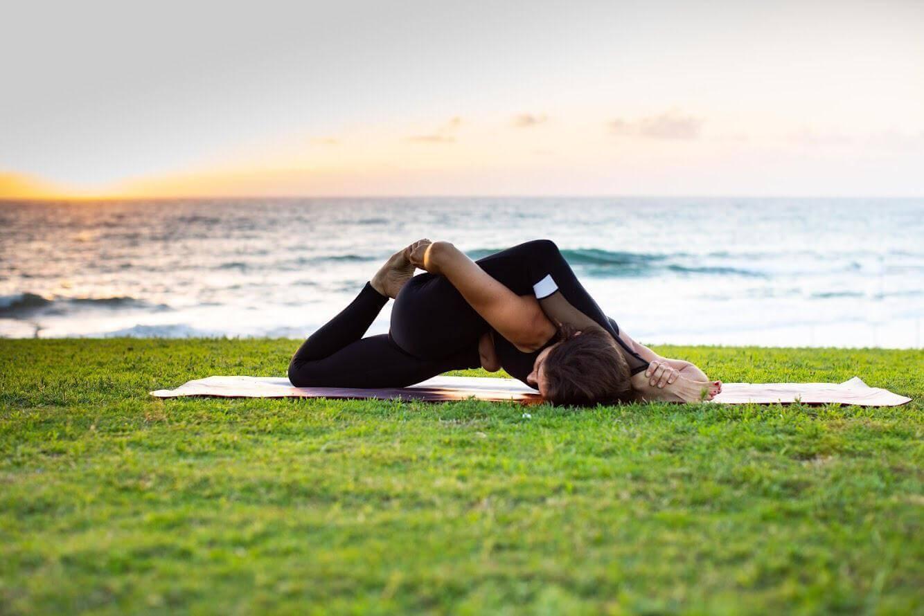13 שיעור יוגה פרטי עם טל ארונס, תל אביב