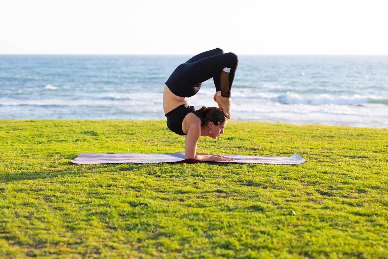 14 שיעור יוגה פרטי עם טל ארונס, תל אביב