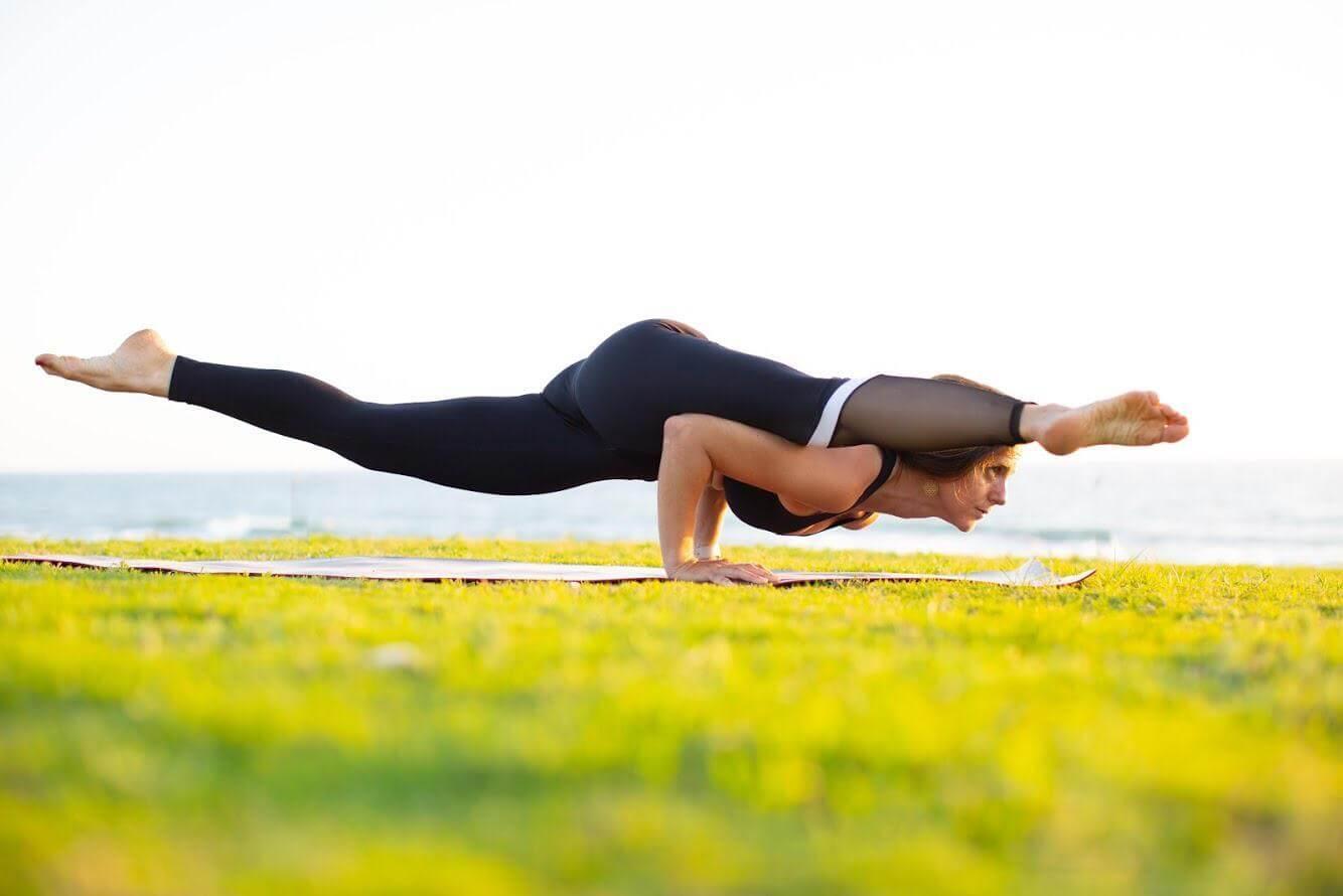 15 שיעור יוגה פרטי עם טל ארונס, תל אביב