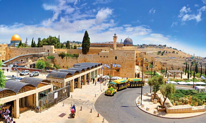 2 סיור ברכבת הכותל, ירושלים