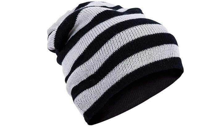 3 כובע צמר עם אוזניות ומיקרופון מובנים