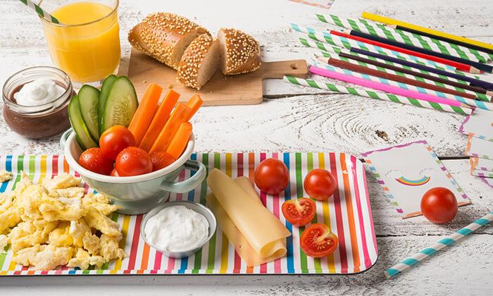 4 ארוחת בוקר זוגית או שובר הנחה על התפריט במסעדת פרש קיטשן הכשרה, בילו סנטר