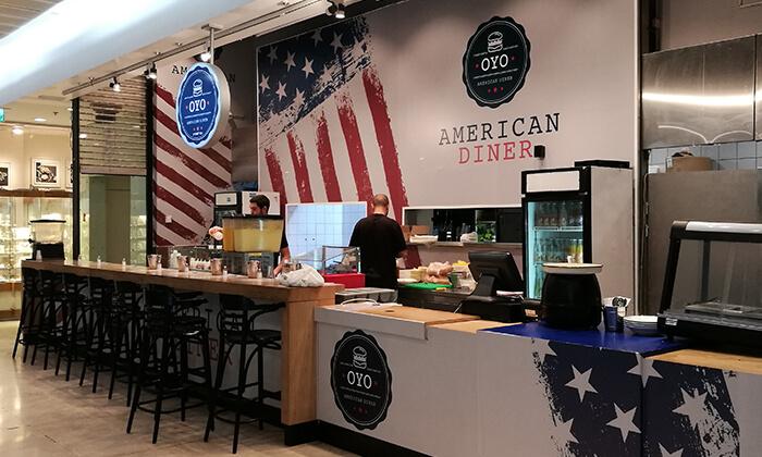 2 ארוחה כשרה ב-Oyo American Diner, קניון G, ראשון לציון