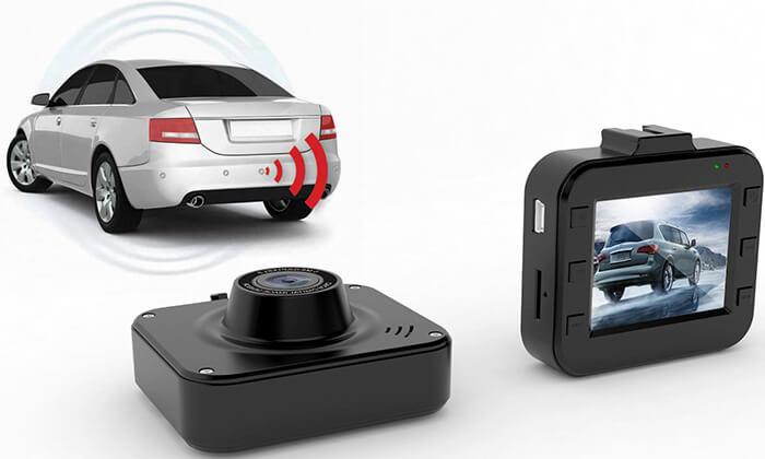 2 מצלמת וידאו לרכב וחיישני רוורס כולל התקנה