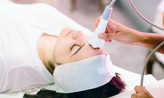 3 טיפולי פנים אצל הקוסמטיקאית אוריה לוי, מבשרת ציון