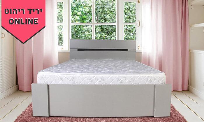 3 מיטה זוגית ומזרן תואם