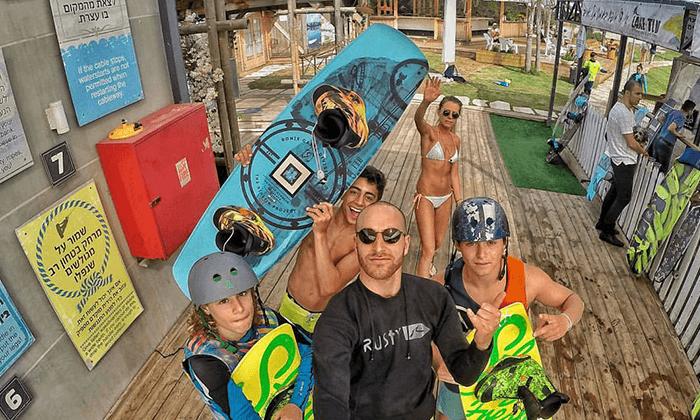 7 סקי מים בפארק דרום בתל אביב