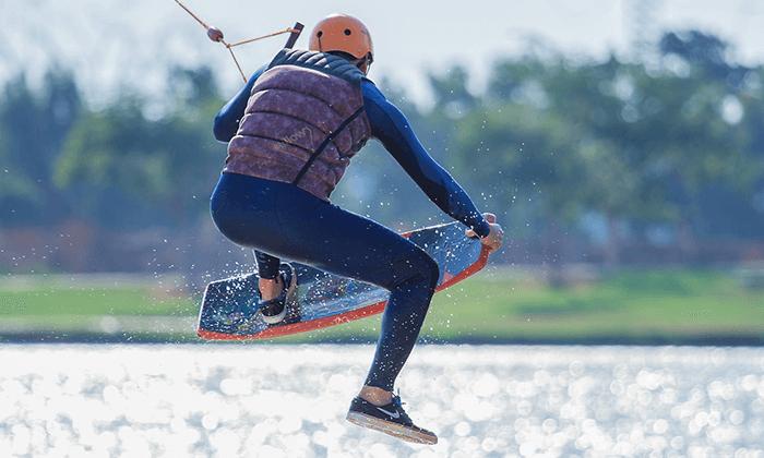 6 סקי מים בפארק דרום בתל אביב