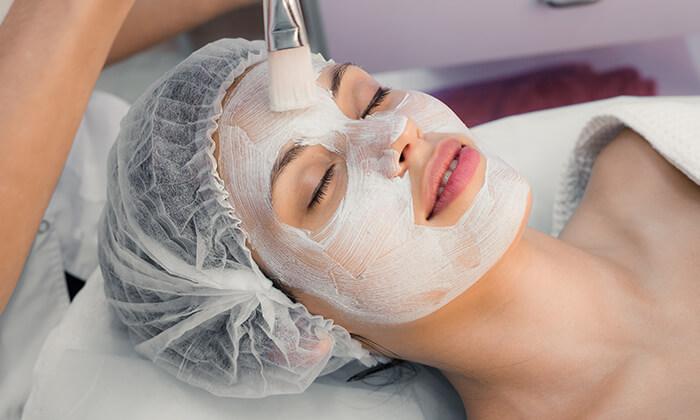 3 טיפולי פנים אצל גילי קינן - קליניקה לקוסמטיקה פרא-רפואית, רעננה