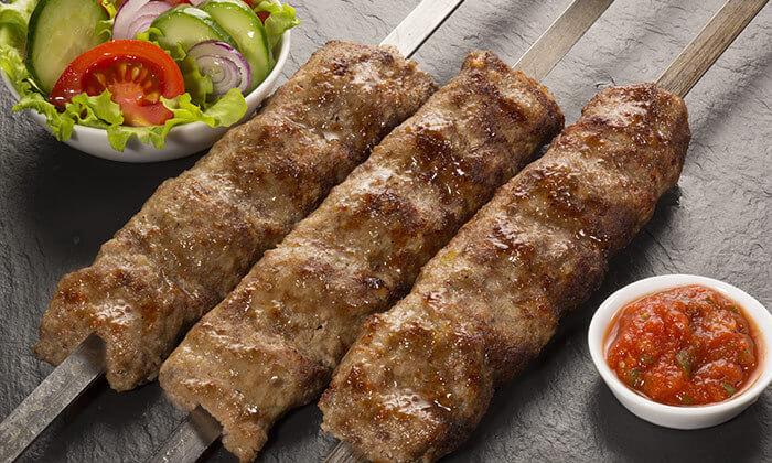 3 ארוחת פלטת בשרים זוגית במסעדת שייטל, נהריה