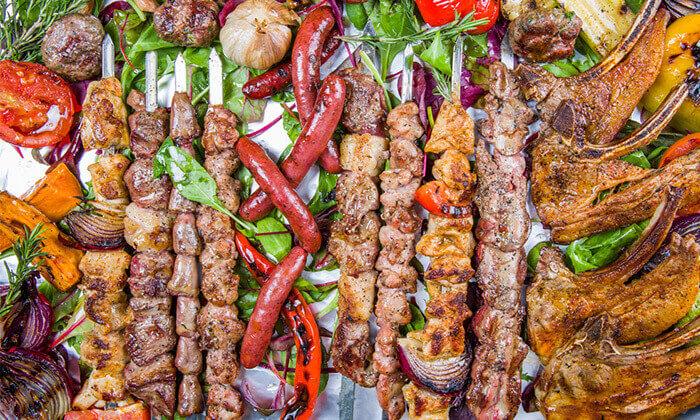 6 ארוחה זוגית במסעדת זויה גריל בר, נתניה