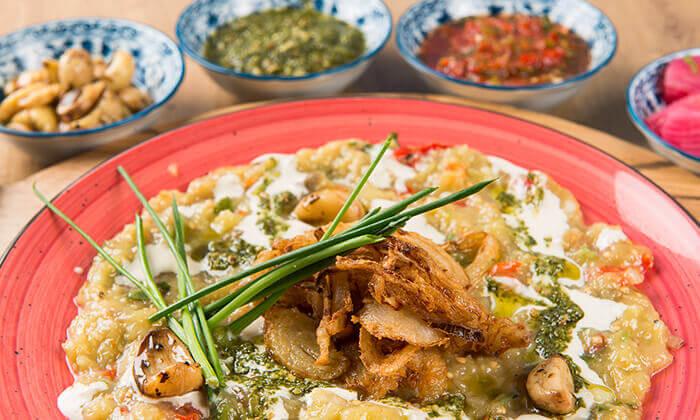 """5 ארוחה זוגית במסעדת """"צ'ומה"""" הכשרה בגן העיר, ת""""א"""