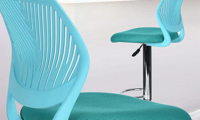 3 כסא בר עם מושב מרופד