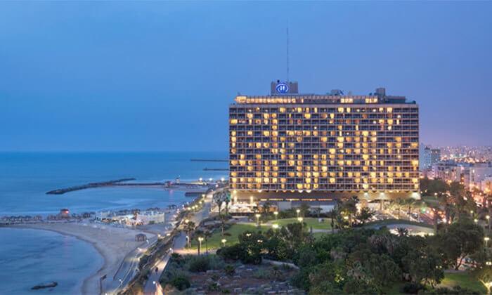 7 Groupon Premium | מזנון פרימיום כשר בשישי ובשבת - מלון הילטון תל אביב