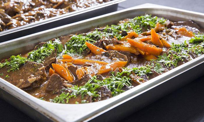 9 שובר הנחה ליריד האוכל המוכן בימי שישי, מסעדת צנעני בני ברק