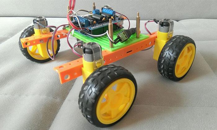 2 השתתפות במפגש רובוטיקה ברמת גן