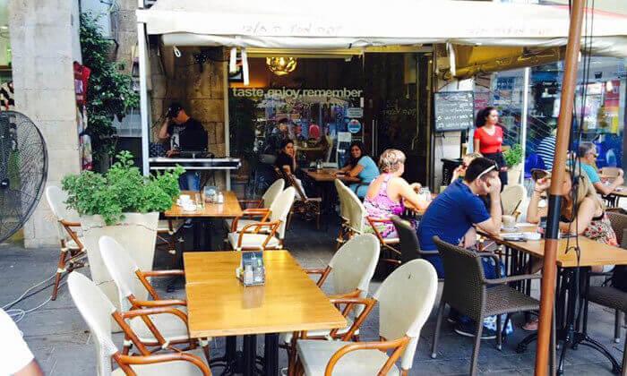 3 ארוחת בוקר זוגית בקפה אגוז, חיפה