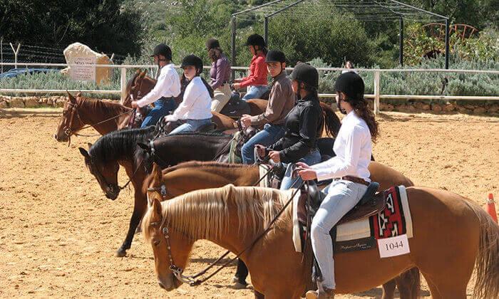 2 קורס רכיבה על סוסים בחופשת הפסח, חוות הרי יהודה