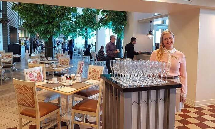 4 ארוחת בוקר כשרה במלון הרודס תל אביב