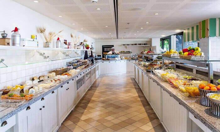 9 ארוחת בוקר כשרה במלון הרודס תל אביב