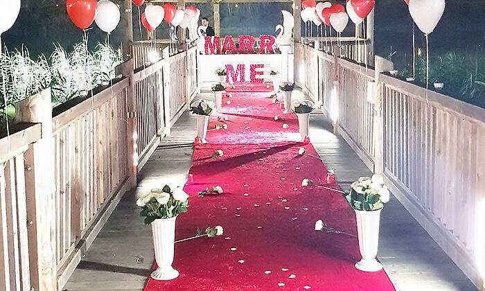 3 הפקת אירוע להצעת נישואין - Marry me