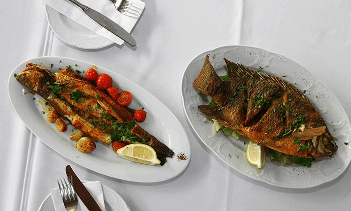 3 דיל חגיגת קיץ: ארוחת דגים זוגית במסעדת הדייגים הכשרה, נמל יפו