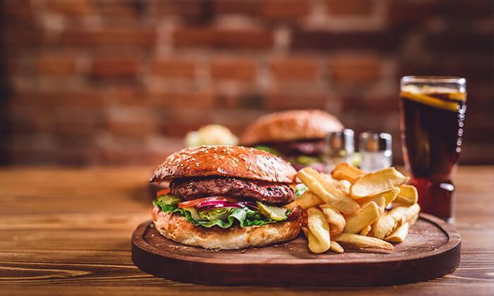 2 ארוחת המבורגר ב-meat fix, שכונת לבונטין