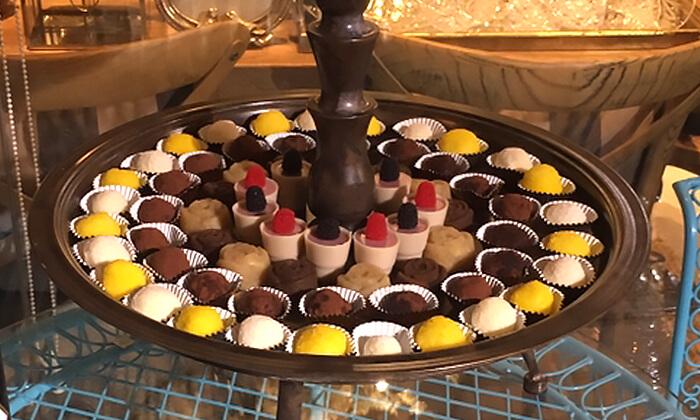 8 מגשי אירוח כשרים של קייטרינג ג'אנדויה