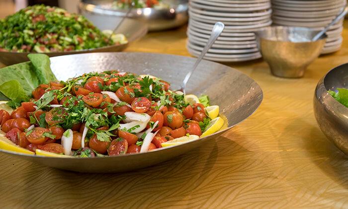 8 ארוחה זוגית במסעדת לחם בשר הכשרה בטיילת נתניה