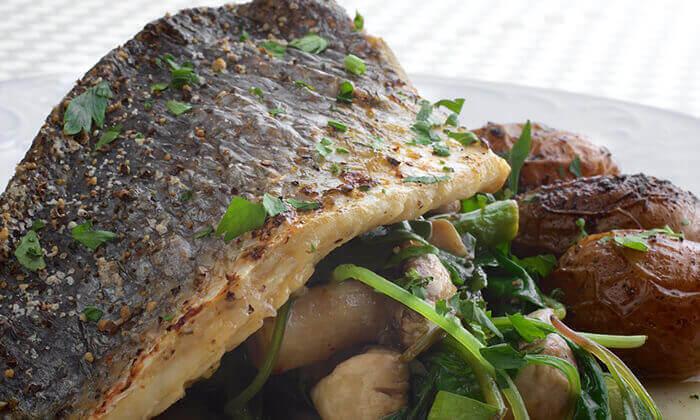 7 ארוחה זוגית במונטיפיורי הכשרה מול חומות העיר העתיקה