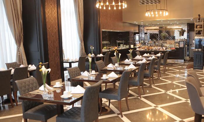 9 ארוחת בוקר במלון הבוטיק David Tower נתניה