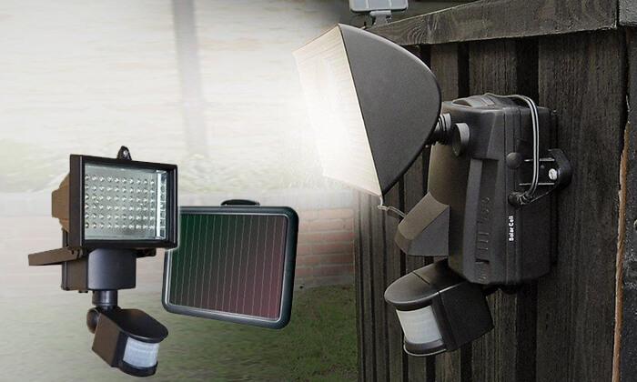 2 פרוז'קטור סולארי ללא צורך בחשמל