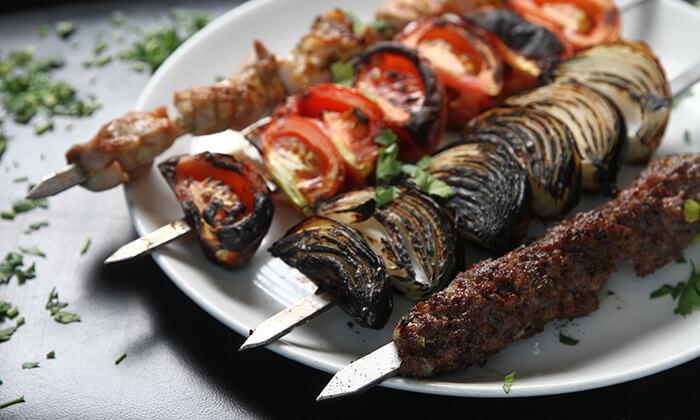 6 ארוחת סטייק זוגית במסעדת שיפודי ציפורה הכשרה, כפר סבא