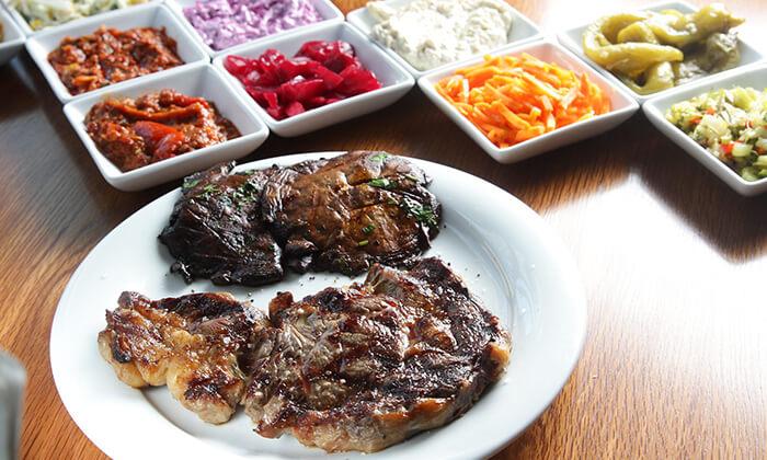 2 ארוחת סטייק זוגית במסעדת שיפודי ציפורה הכשרה, כפר סבא