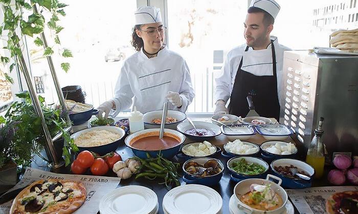 5 ארוחת בוקר או בראנץ' במסעדת אנדיב, מלון ווסט בוטיק אשדוד