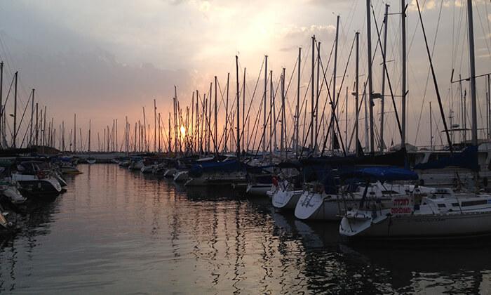 6 לי-ים השכרת יאכטות במרינה הרצליה