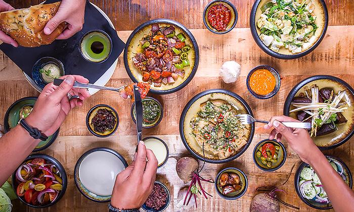 4 דיל חגיגת קיץ: ארוחה במסעדת אטמוספירה - מתחם סטאר סנטר, אשדוד