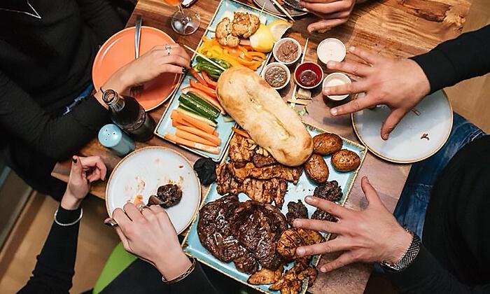 9 ארוחה זוגית כשרה במסעדת שלדון, אבא הלל רמת גן