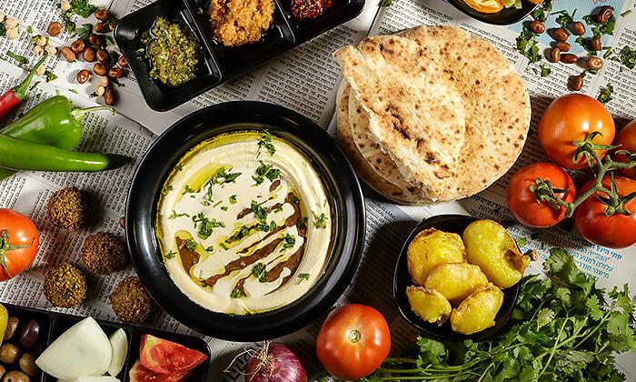 5 מנת חומוס במסעדת בית הפול הכשרה, אשדוד