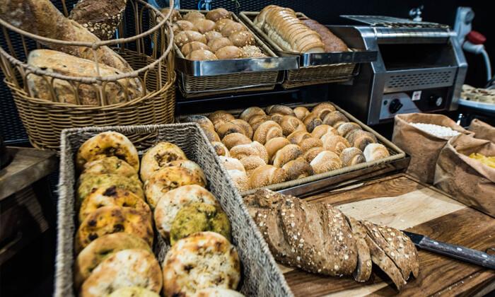 8 ארוחת בוקר בופה במלון הבוטיק אייל, ירושלים