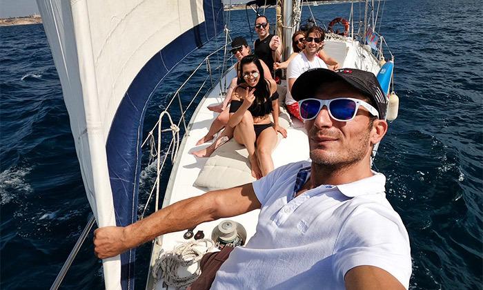 15 הפלגה זוגית או קבוצתית ביאכטה במרינה הרצליה