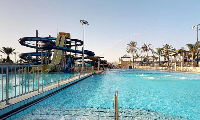 10 כרטיס כניסה לימית ספארק המים של ישראל בחולון