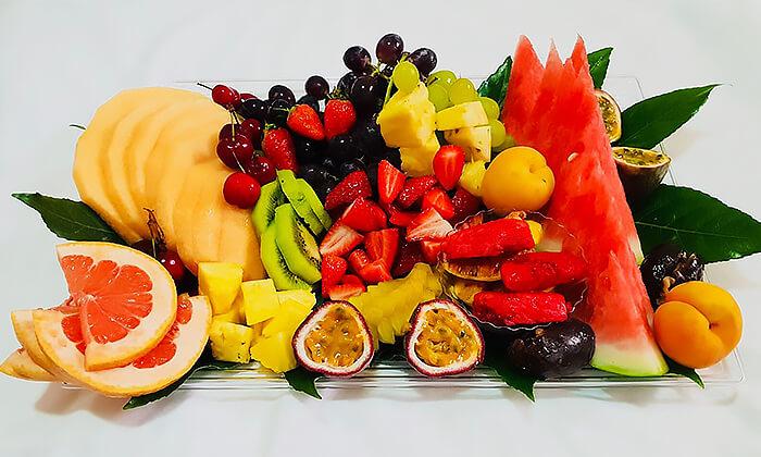 2 מגש פירות אקזוטיים של פריסושי, באר שבע