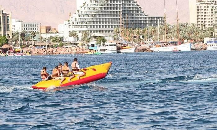 12 שייט על סירת טורנדו ואבובים, חוף נביעות אילת