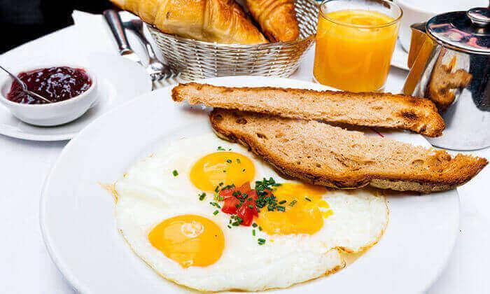 2 ארוחת בוקר זוגית במסעדת תרזה, סינמה סיטי ירושלים