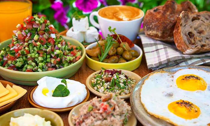 6 ארוחת בוקר זוגית כשרה בקפה איתמר, גבעת שמואל
