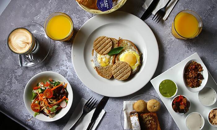 2 ארוחת בוקר זוגית כשרה בקפה איתמר, גבעת שמואל