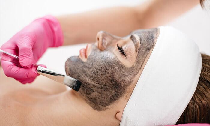 2 טיפולי פנים במכון 'אל היופי', תל אביב